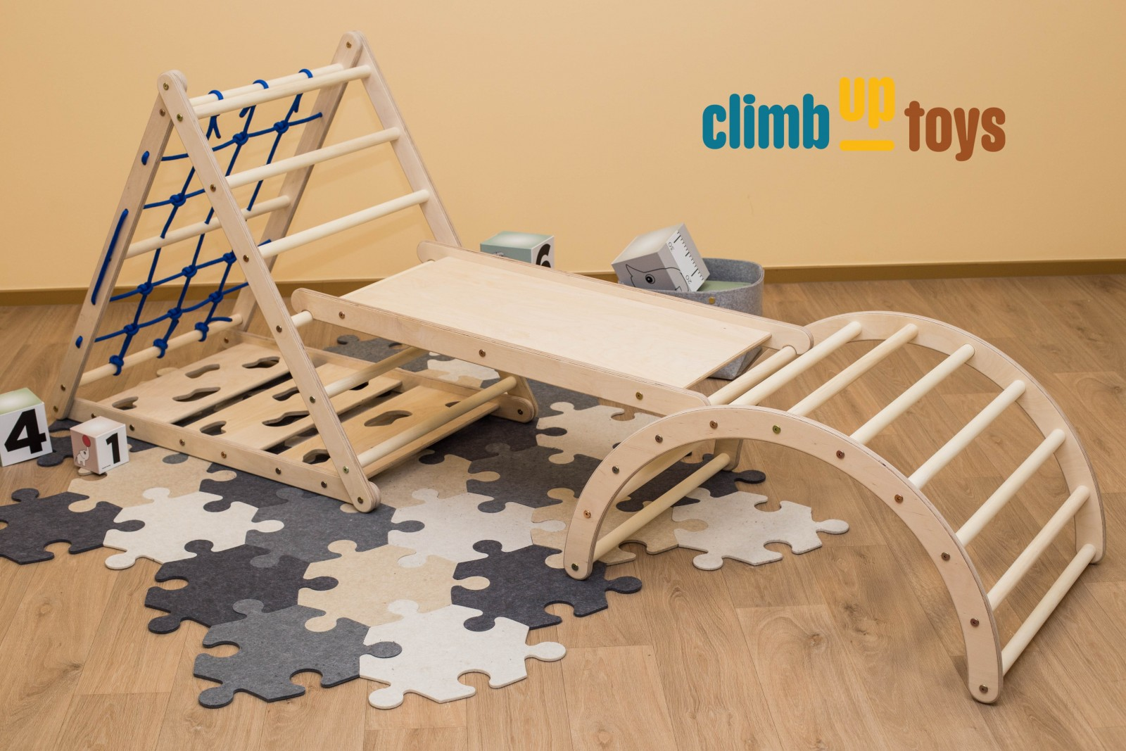 3-sided Triangle + Sliding Board + M size arch